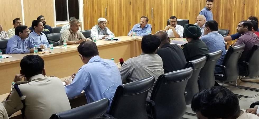 Kejriwal holds emergency meeting as Haryana releases five cusecs of water (Photo: Twitter/ANI)