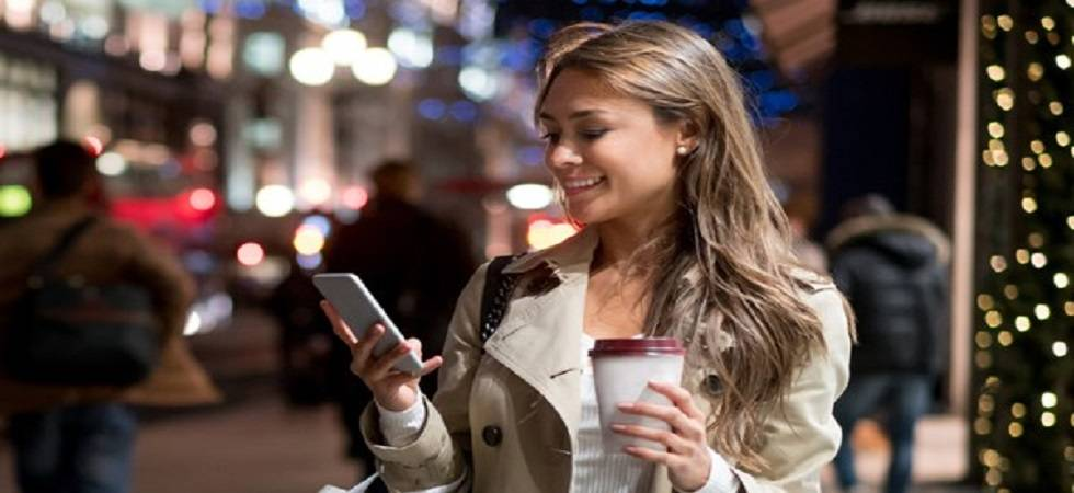 Mobiles to influence 70 per cent of fashion accessory buys by 2022