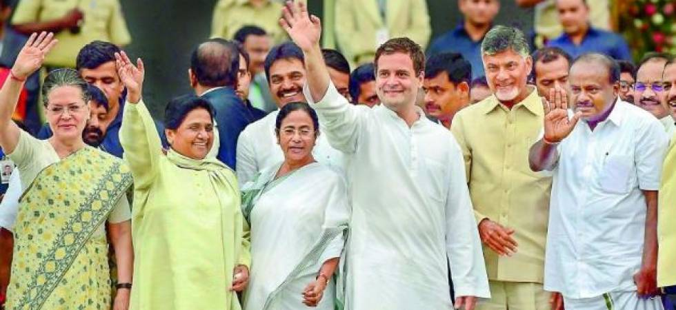 Anti-BJP Grand alliance formed in UP; Congress-SP-BSP decide to contest 2019 polls together (File Photo)