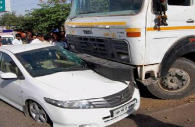 Jharkhand: Five killed, one injured in truck-car collision