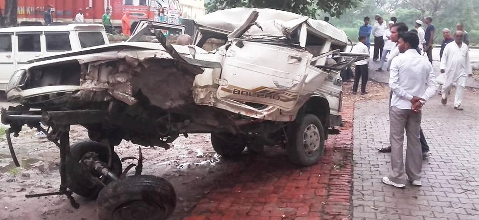Five killed, seven injured as jeep rams into truck in Uttar Pradesh (Photo- Twitter/ANI)