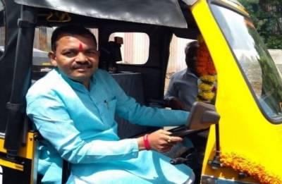 Man who once drove autorickshaw becomes Pimpri Chinchwad mayor