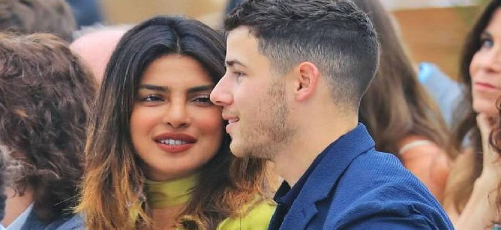 Priyanka Chopra spotted cheering for Nick Jonas at his Singapore concert (Twitter)