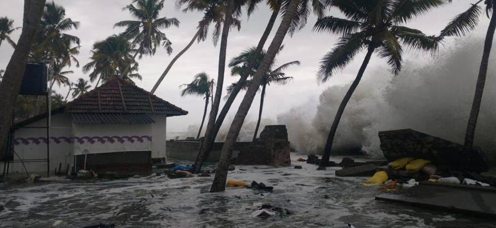 Kerala: Landslides, heavy rains halts daily life, 20 killed (Photo: Twitter)
