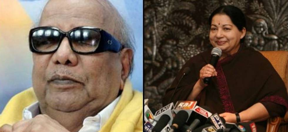 Karunanidhi Death: DMK, AIADMK continue to trade barbs on Marina beach (File Photo)