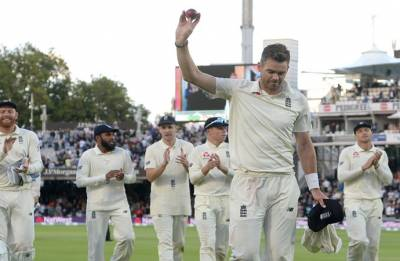England vs India 2nd Test: Scorecard at stumps as Indian batsmen get humiliated by seam and swing