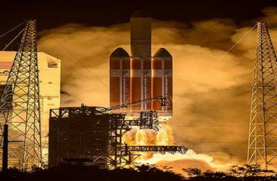 NASA launches 'Parker Solar Probe' to 'touch the sun'