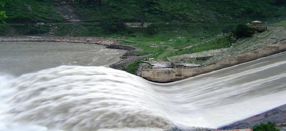 Warning issued to tourists and people residing in low lying area of Beas River ( Photo: Twitter/ @HimachalW )