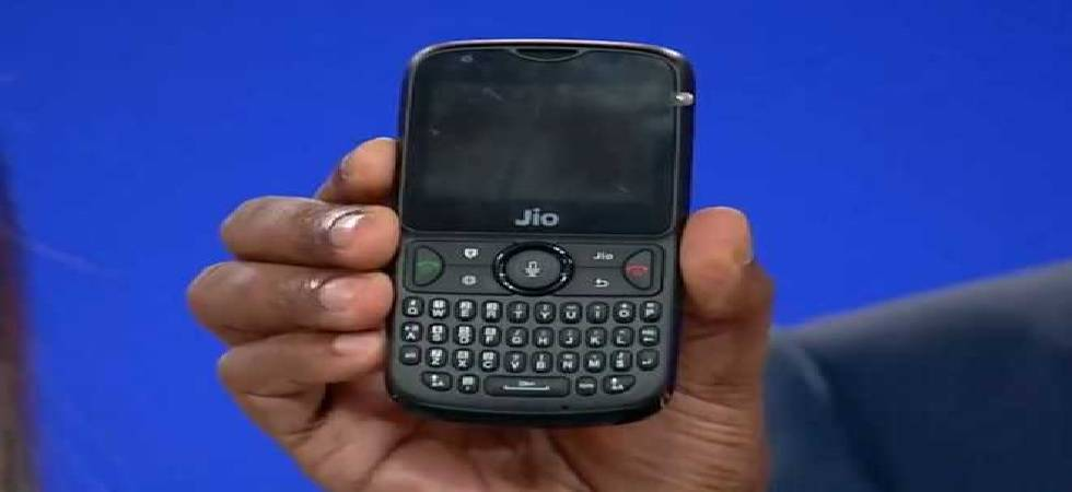 JioPhone 2 flash sale starts from 12pm today: Know how to buy, specs, price and more (Photo: Twitter)