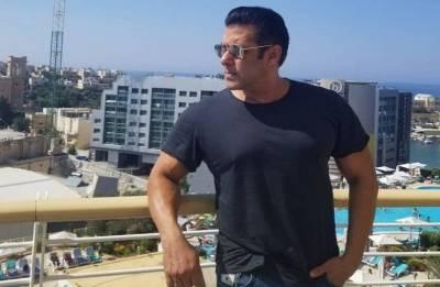 Salman Khan's new vanity van will surely blow your mind!