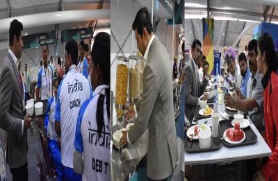 Asian Games 2018: Secret behind Rajyavardhan Singh Rathore serving food to athletes solved