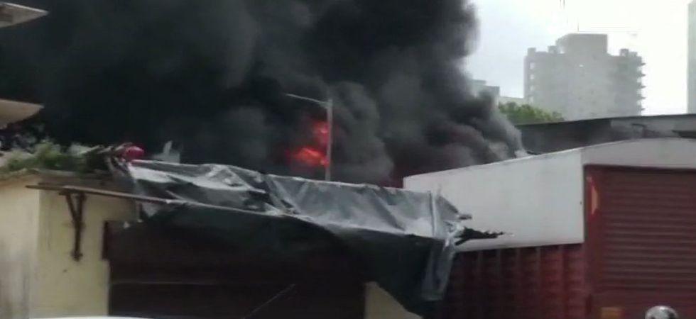 Massive fire in Mumbai's Malad industrial unit (Photo: Twitter)