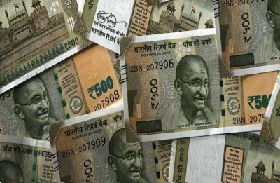 Rupee hits new all-time low of 71.37, drops 16 paise against US dollar