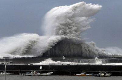 Typhoon Jebi hit western Japan, nine killed, several injured