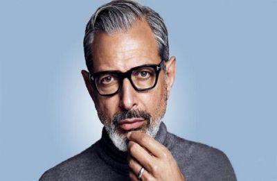 Jeff Goldblum stuns London commuters with impromptu performance