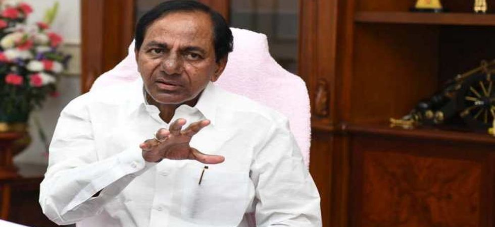 TRS chief KCR may try to bag Telangana today (File Photo)
