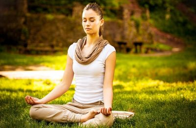 Kapalbhati: How to detoxify your brain with yoga