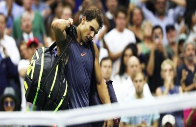US Open: Rafael Nadal retires after 'knee issues' against Juan Martin del Potro