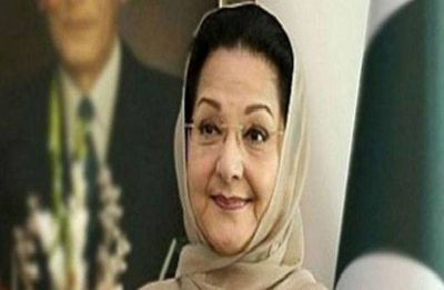 Begum Kulsoom, wife of Nawaz Sharif, dies in London hospital