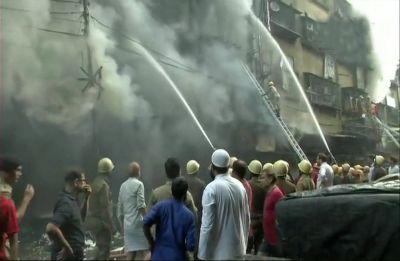 Kolkata Fire: Massive blaze at Bagri Market, 30 fire engines on spot