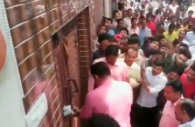 Video: Controversy erupts after Delhi BJP chief Manoj Tiwari seen breaking lock of sealed house
