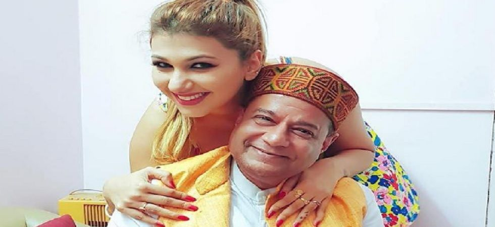 Bigg Boss 12: Jasleen refuses to share bed with Anup Jalota (Twitter)