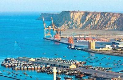 Pakistan invites Saudi Arabia to be 3rd partner in CPEC