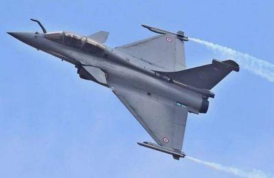 Rafale Deal: Dassault Aviation releases statement after Hollande's interview | Read complete statement here
