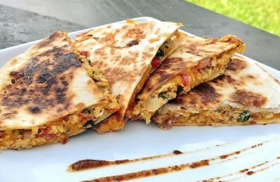 Sunday munch: Delight yourself with this succulent, cheesy chicken quesadillas