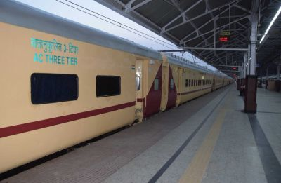 Indian Railways to roll out 640 deluxe Utkrisht rakes by 2020