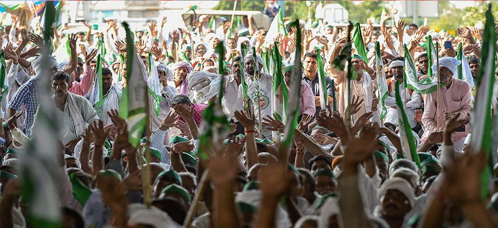 Kisan Kranti Yatra: Farmers end protest at Delhi's Kisan Ghat after midnight march (Photo: PTI)