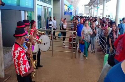 First foreign chartered flight of season lands in Goa