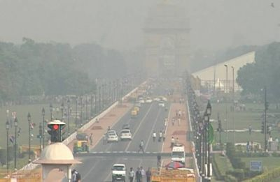 Delhi's air quality remains poor for second day: Officials
