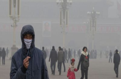 Experts blame perfume, hair gel for fuelling smog in Beijing