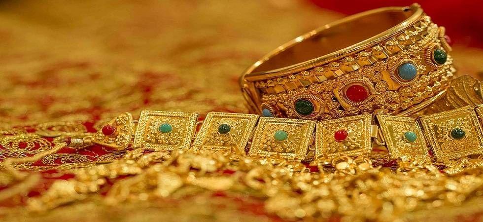 Bullion Market: Gold futures drop 0.19 per cent on weak global cues