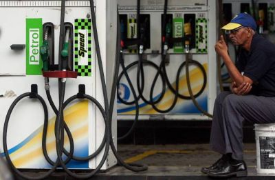 Petrol pumps, CNG dispensing units to remain shut in Delhi today