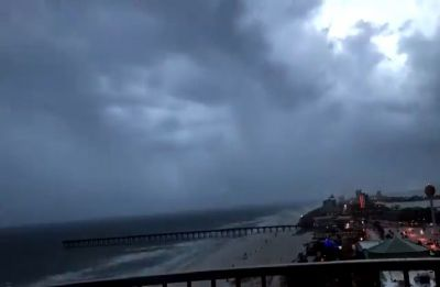 'Extremely dangerous' Hurricane Willa speeding towards Mexico coast