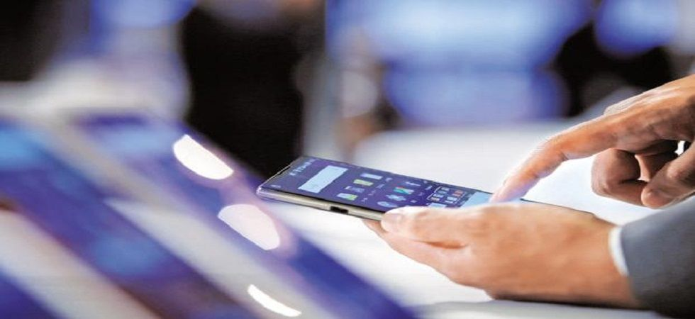 India to have 650 million smartphone users by 2022: EY