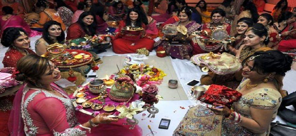 Karwa Chauth 2018: Know everything about Puja Vidhi, Muhurat