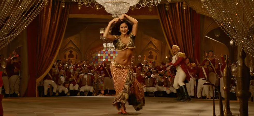 Katrina Kaif match steps with Prabhu Deva for 'Suraiyya'/ Image: YRF films