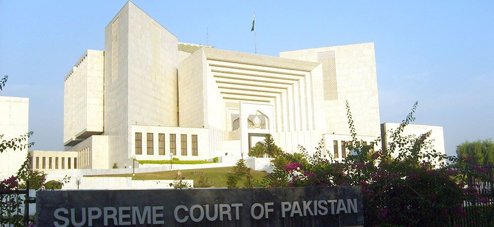 Pakistan Supreme Court reimposes ban on TV broadcast of