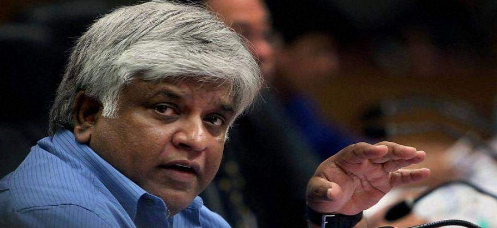 Sri Lankan Petroleum Minister and former cricketer Arjuna Ranatunga arrested