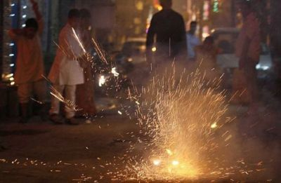 Top check pollution, scientists produce 'environment-friendly' firecrackers