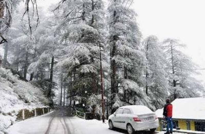 Srinagar freezes at sub-zero temperature, records coldest night of season