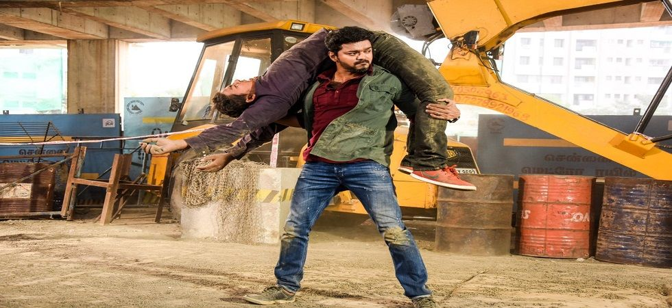 'Sarkar' makers to remove controversial parts after protests: Report (Photo: Twitter/Actor Vijay)