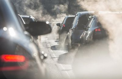 Air pollution may up heart, lung disease risk: Study