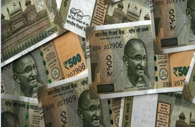 Rupee recovers 22 paise to close at 72.67 against dollar on easing crude prices