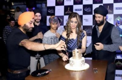 Mrs India Universe 2018 Ruby Machra celebrates her birthday in Mumbai
