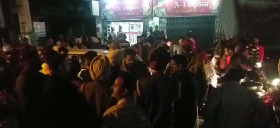 AAP leader, RTI activist Suresh Sharma shot at in Amritsar's busy marketplace (ANI photo)
