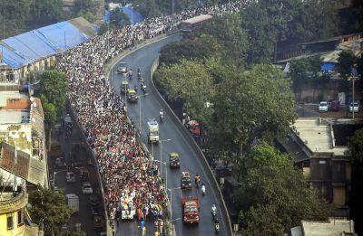 Maharashtra farmers agitation: Lok Sangarsh Morcha calls off protest as Fadnavis assures to meet demands